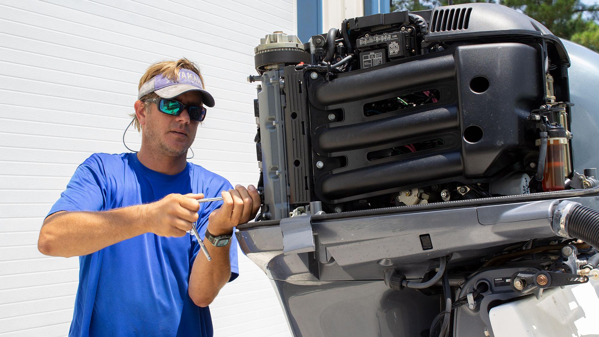 Repairing Yamaha Engine